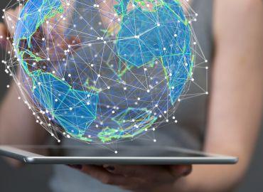 Liderzy kontra sztuczna inteligencja – kto wygra wyścig?